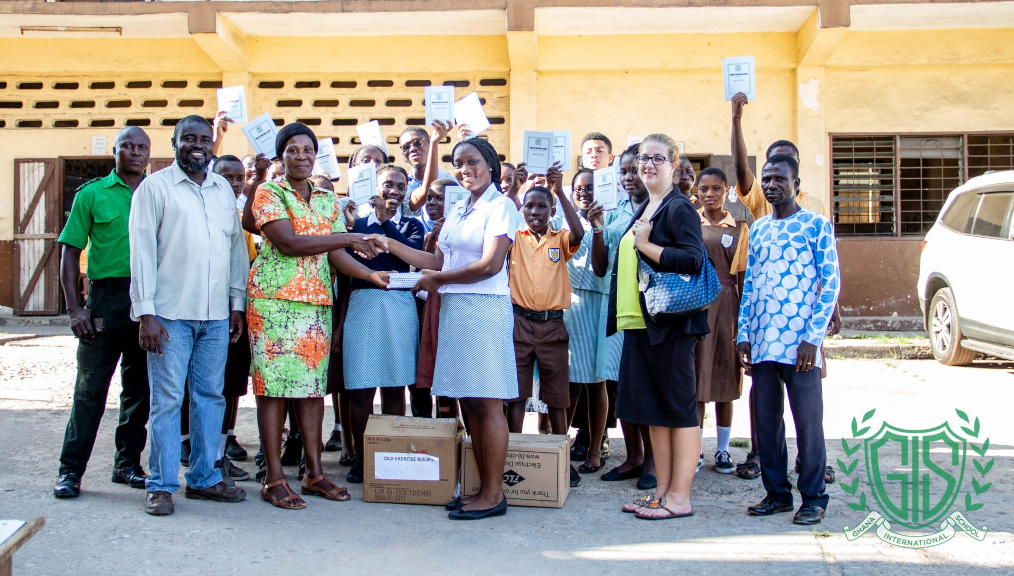 GIS' Head Girl Abena Asare-Konadu Donates Recycled Books